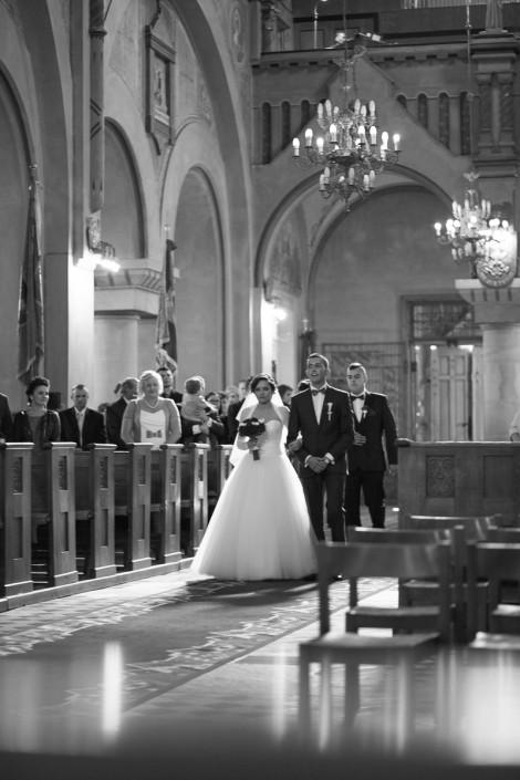 Kościół Jedlicze - fotografia ślubna Krosno GLmedia