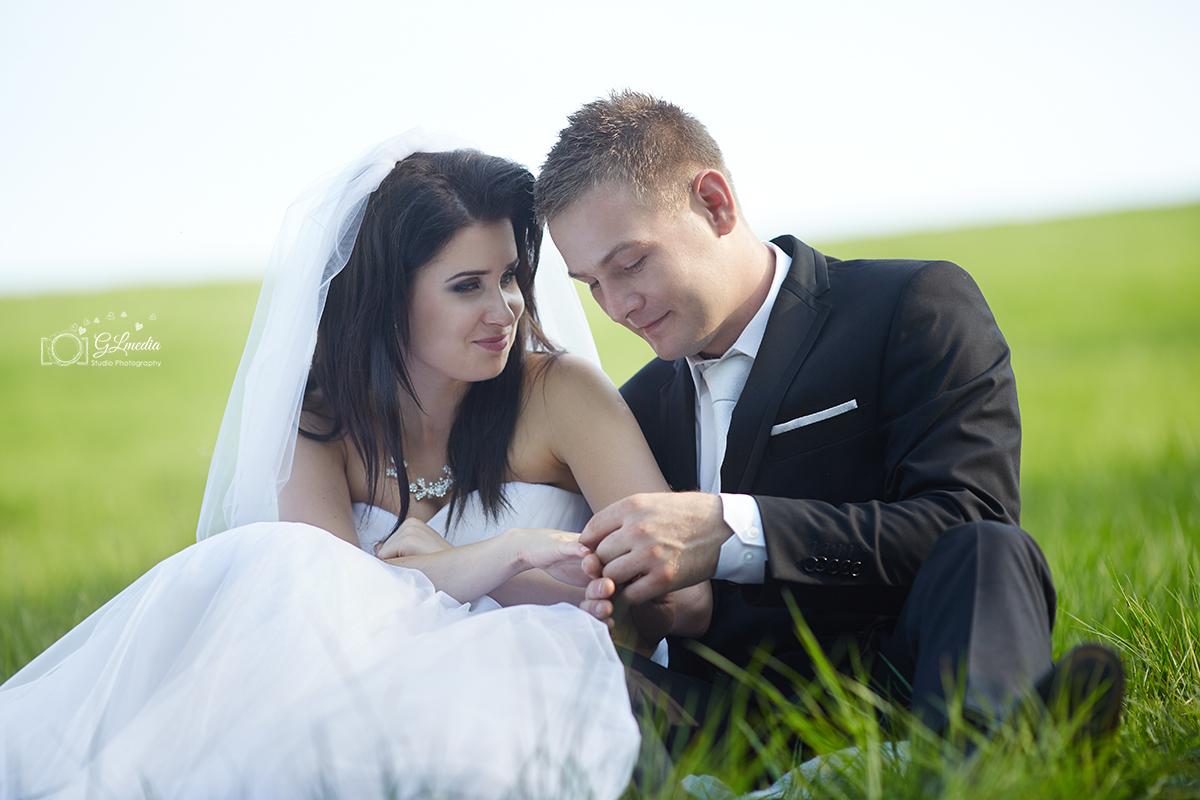 Plener ślubny obrączki